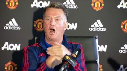 Louis at press conference discussing Manchester United fans response with media